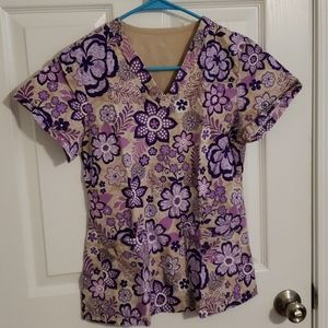 Med Couture Small Women's Scrub Top Purple Floral
